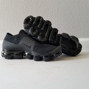 b3849da3a2cda Nike Shoes - Women s Nike Air VaporMax Flyknit Moc Triple Black
